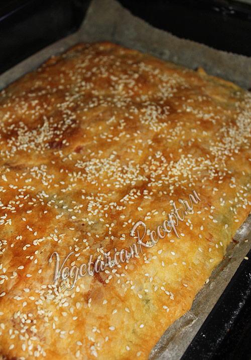 выпекаем пирог с кабачками в духовке