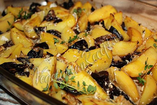 запеченный картофель с черносливом рецепт