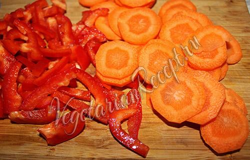 нарезанные овощи для блюда