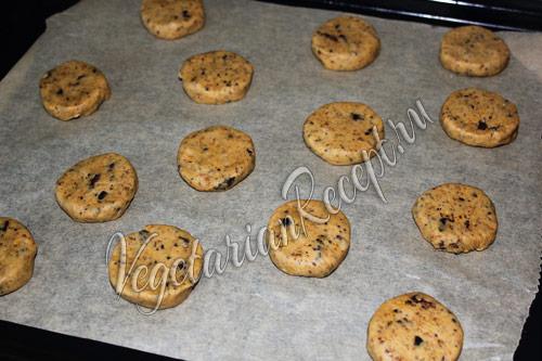 формируем круглое печенье