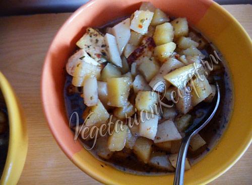 картошка в горшочках с сыром