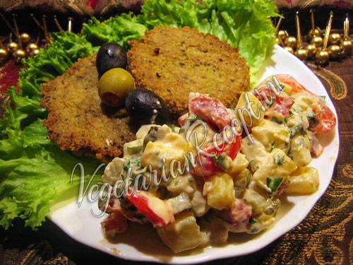 салат с маринованным перцем и картофелем