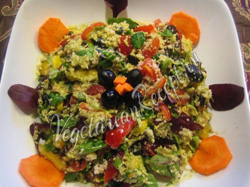 салат с кускусом и авокадо