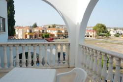 Кипр, в номере отеля: открытая терраса