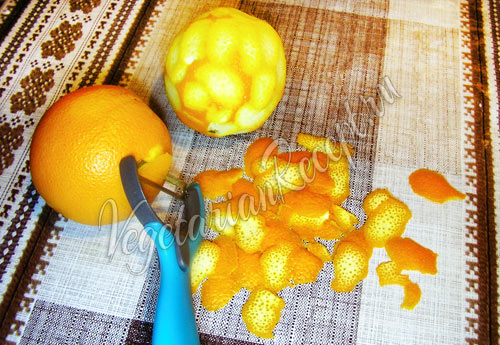 Чистим апельсины