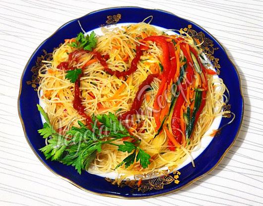 салат с фунчозой с кукурузой рецепт