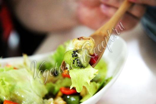Азиатский фруктово-овощной салат