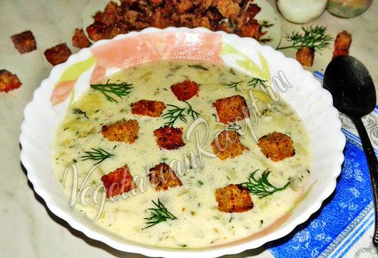 Чешский суп с гренками