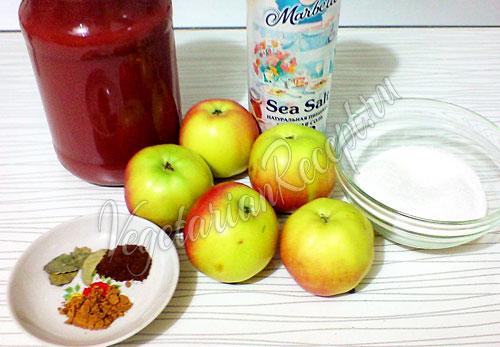 Ингредиенты для рецепта кетчупа из томатной пасты