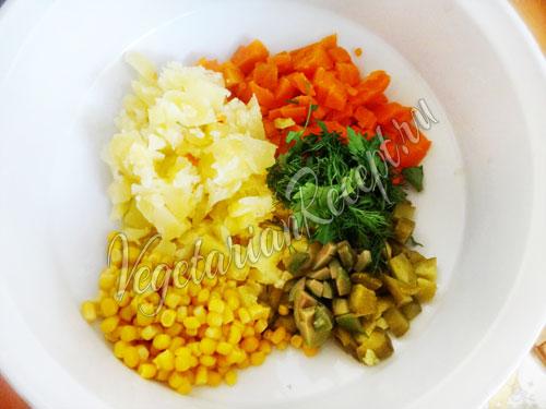 Режем мелко овощи