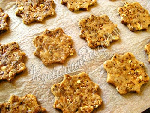 Выкладываем постное печенье на противень