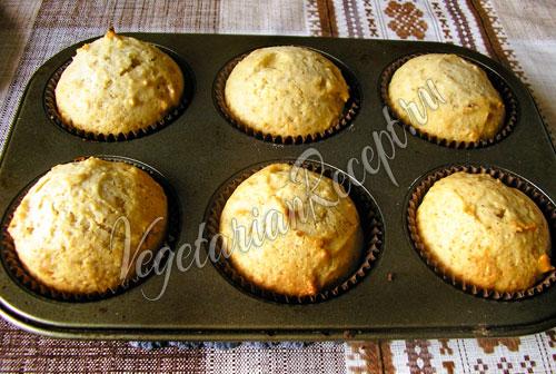 Постные кексы с медом и орехами