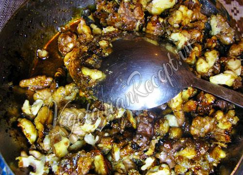 Карамельные орехи для постного крема