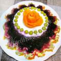 Слоеный салат со свеклой, морковью и картошкой