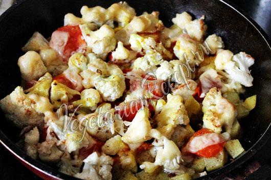 Картошка с цветной капустой запеченная в духовке