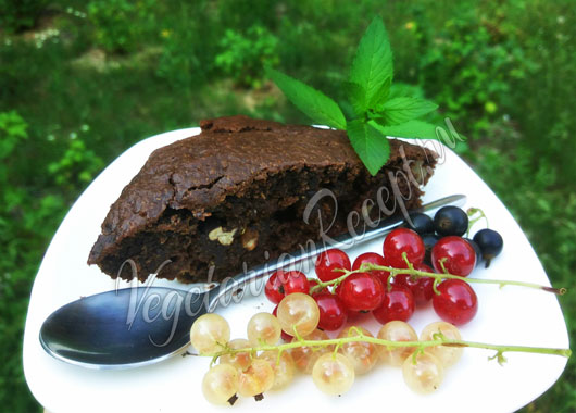 Постный шоколадный пирог с кабачками