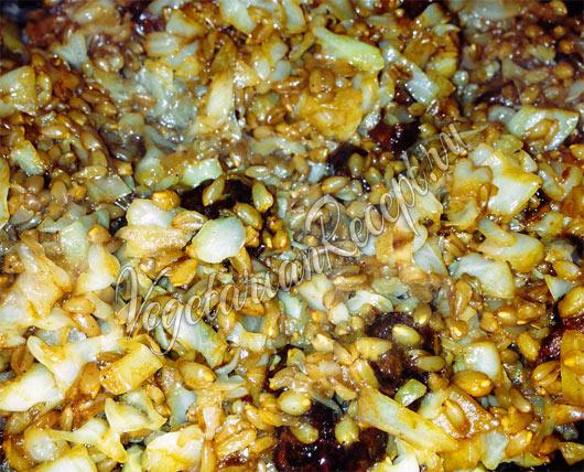 Блюдо из полбы с капустой