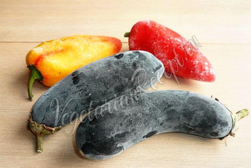 Лапша с овощами - запеченными баклажанами и перцем, рецепт с фото