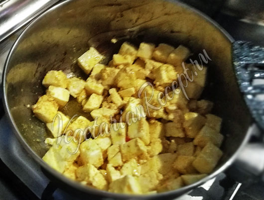 Обжариваем сыр