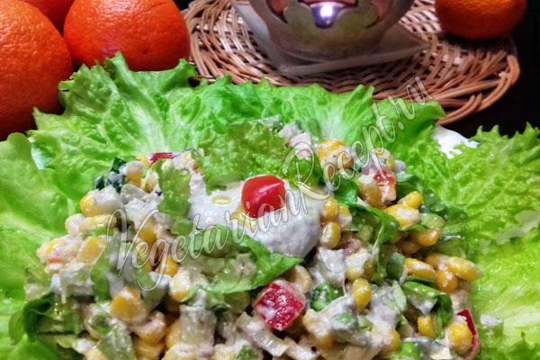 Сыроедческий салат на Новый год
