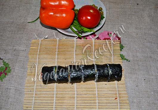 Нарезаем суши