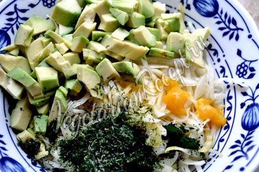Салат из ферментированной капусты