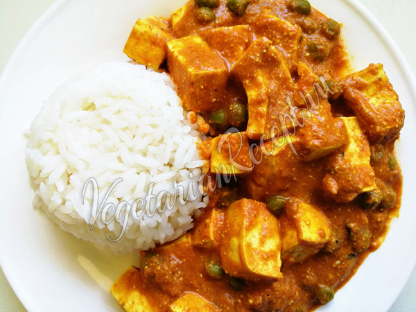 Индийское блюдо панир баттер масала