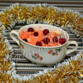 Витаминный салат с клюквой